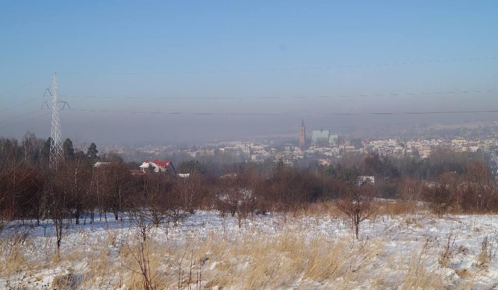 Film do artykułu: Małopolska zach. Smog wisi nad miastami i truje ludzi [ZDJĘCIA, WIDEO]
