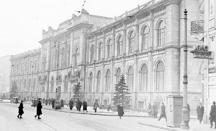Warszawska siedziba Banku Polskiego SA w drugiej połowie lat 30. XX w.