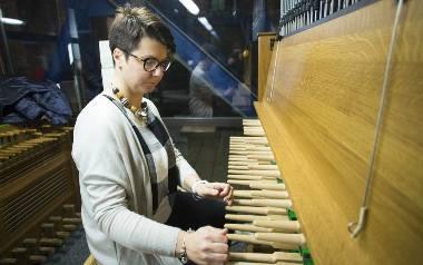 Gdańszczanka oddała hołd zmarłemu DJ-owi Avicii. Małgorzata Fiebig zagrała na kościelnych dzwonach [wideo]