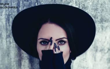 """Justyna Steczkowska: Zaskoczyła fanów płytą """"Maria Magdalena"""". Na niej hit """"Ave (No Control)"""". Usłyszymy """"Boskie Buenos"""""""