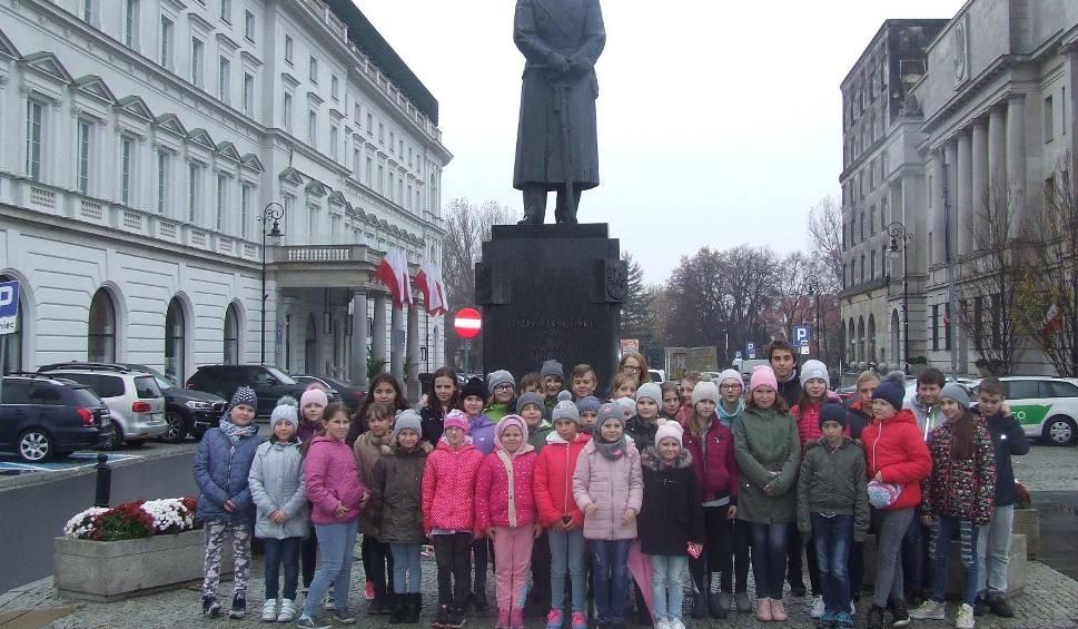 Film do artykułu: Uczniowie z Klwowa zwiedzali historyczne miejsca w Warszawie