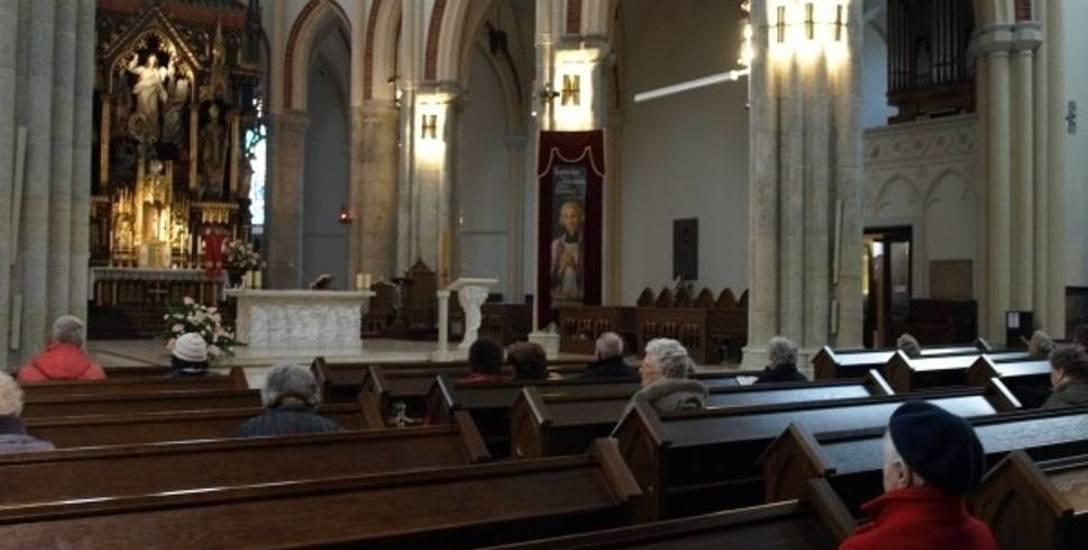 Wierni w regionie: do kościoła chodzi nas coraz mniej, ale nasza wiara jest głębsza