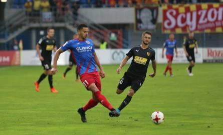 Piast Gliwice wygrał z Koroną Kielce 2:0