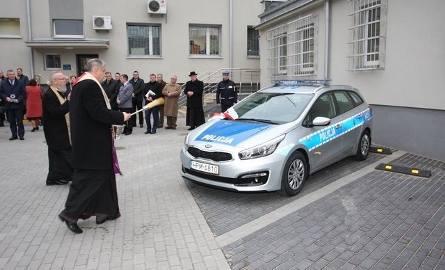 Policja ma nowe radiowozy (zdjęcia)