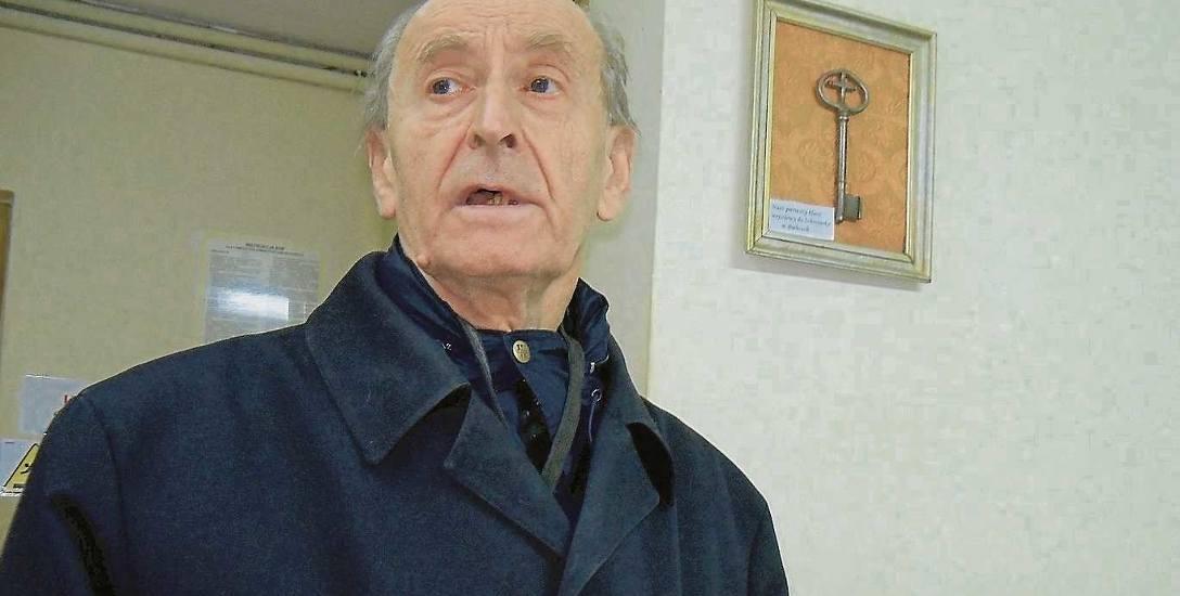 Jerzy Marszałkowicz został pochowany na cmentarzu we Wrocławiu w grobie swojej matki. Mówiono o nim ksiądz Jerzy, ale pełnych święceń nigdy nie przyjął.