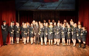 Dzień Kobiet 2019. Panie w mundurach otrzymały życzenia od wiceministra i komendanta (zdjęcia)