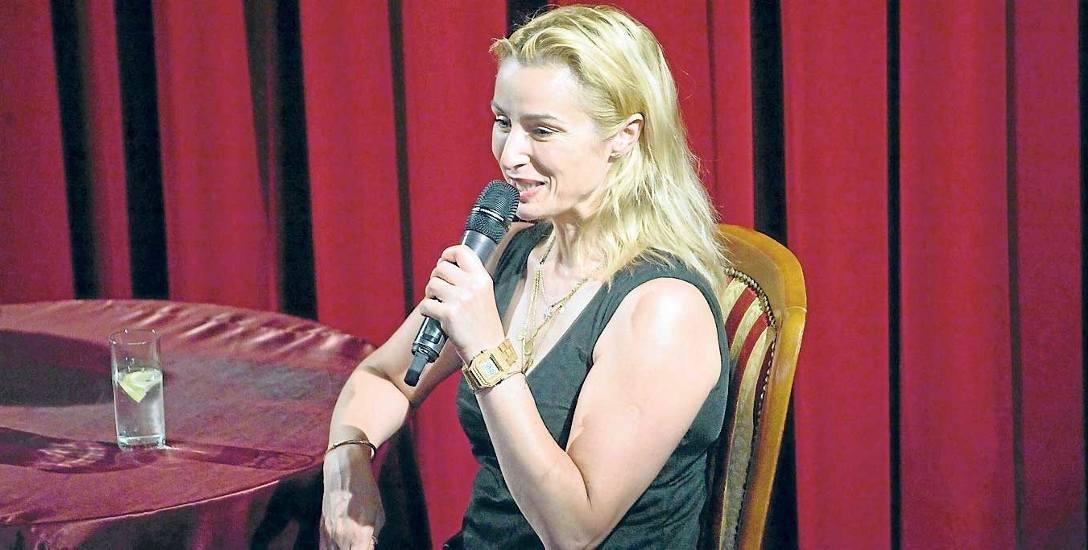 """Joanna Brodzik zagrała pierwszoplanowe role w serialach: """"Kasia i Tomek"""", """"Magda M."""" i """"Dom nad rozlewiskiem"""", oglądanych przez wielomilionową publiczność."""