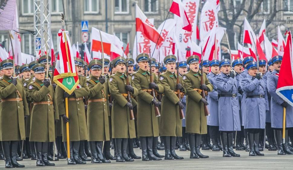 Film do artykułu: Mazurek Dąbrowskiego rozbrzmiał w Polsce i na świecie