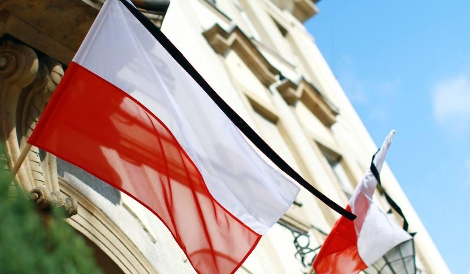 Żałoba Narodowa: Dziś W Całej Polsce żałoba Narodowa. Co To Oznacza?