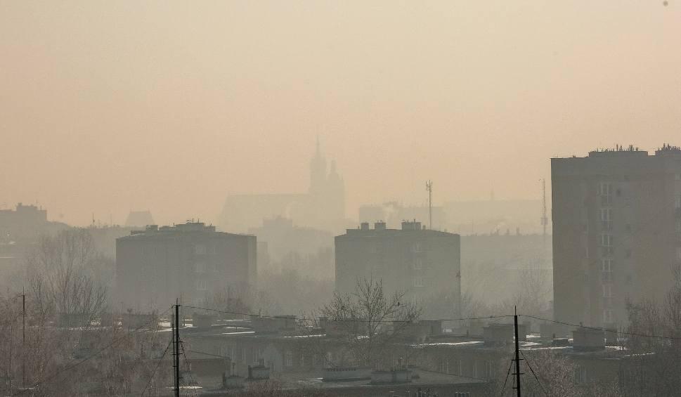 Film do artykułu: Smog. Tragiczny stan powietrza w Małopolsce. Lepiej zostać w domu