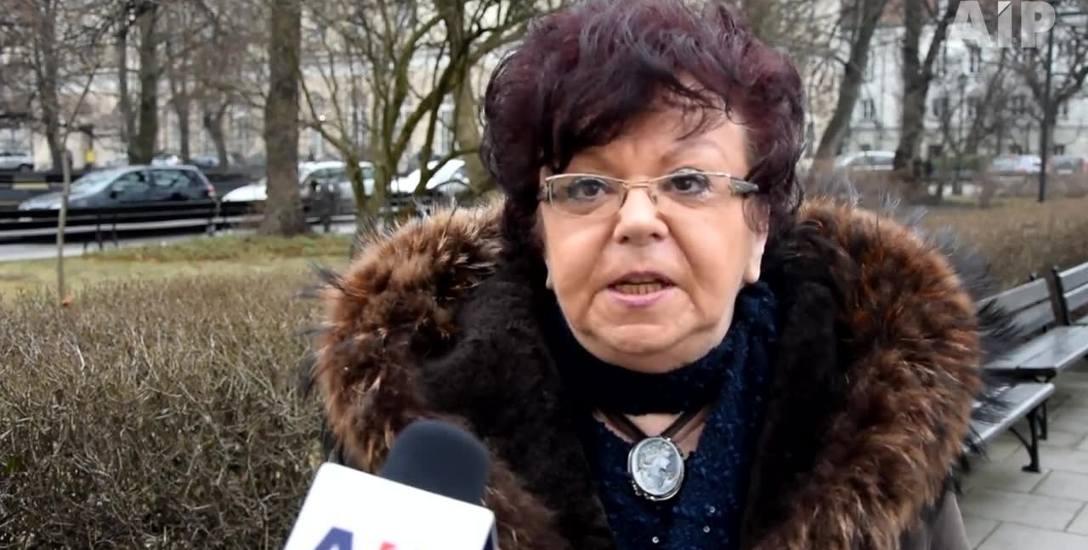 Doc. dr Ewa Pietrzyk-Zieniewicz: - Kiedy ktoś powie, że polity-cy powinni zarabiać mniej, jest od razu noszony na rękach