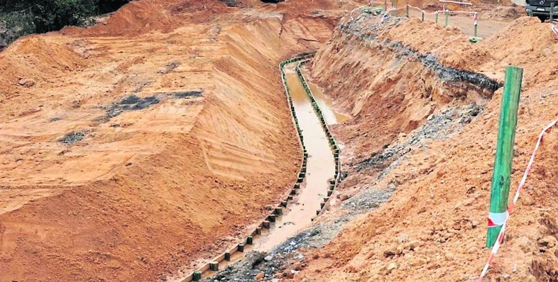 GDDKiA zapewnia, że na odcinku F autostrady A1 trwają intensywne prace budowlane