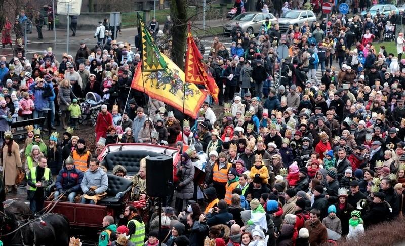 Setki mieszkańców poszło w orszaku Trzech Króli w Szczecinie.