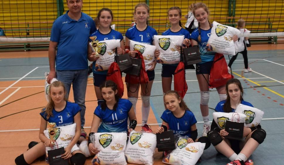 Film do artykułu: Siatkarki ze Szkoły Podstawowej z Kluczewska zajęły czwarte miejsce w ogólnopolskim turnieju w Tuszynie