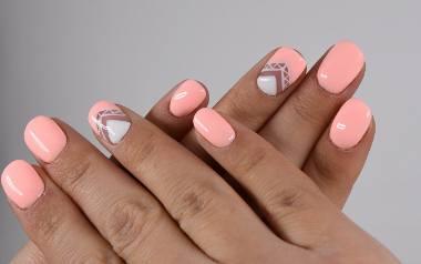 Lato w pełni. Szukasz inspiracji na wakacyjne paznokcie? To dobrze trafiłaś. Zobaczcie najmodniejsze trendy w tym sezonie. >>>>>>>Aneta