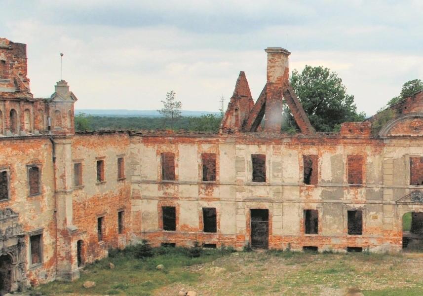 Na liście sporządzonej przez Grundmanna znalazł się m.in. zamek w Siedlisku. Zgodnie z planami miały tutaj trafić dzieła zgromadzone przez berlińską