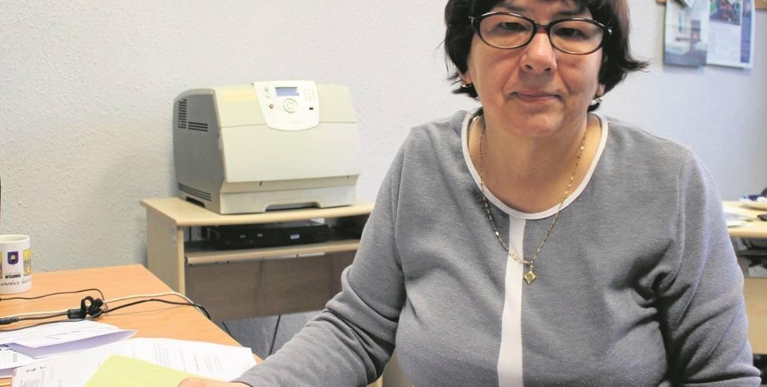 Halina Raś z Chrzanowa chce udowodnić, że nie zalega z opłatami, bo siedem lat temu wyrejestrowała telewizor, gdy spalił się po awarii sieci