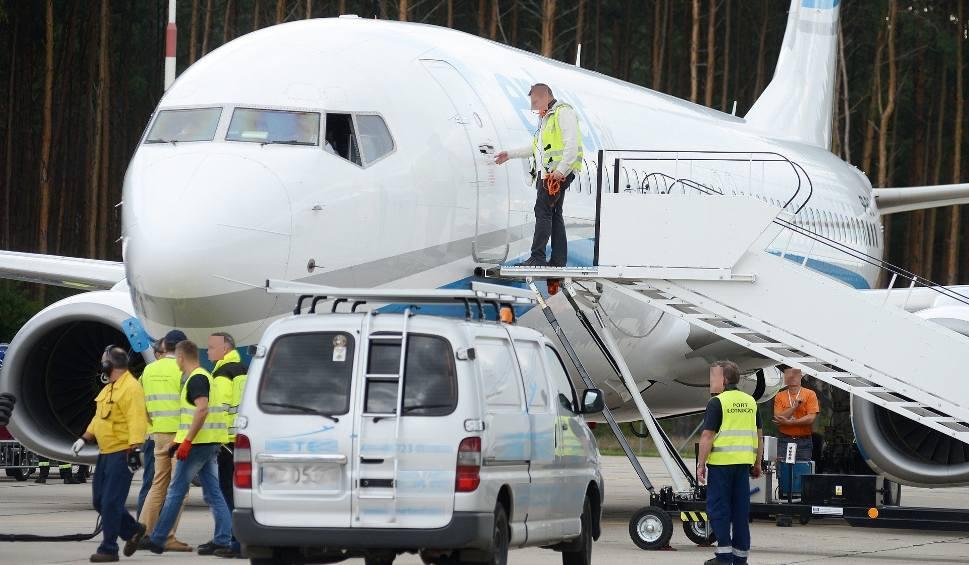 Film do artykułu: BABIMOST. Ochrona zatrzymała podróżnego za filmowanie odprawy na lotnisku w Babimoście. Mężczyznę przekazano straży granicznej