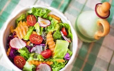 Fleksitarianizm to sposób odżywiania, w którym bazuje się przede wszystkim na warzywach i innych produktach roślinnych.