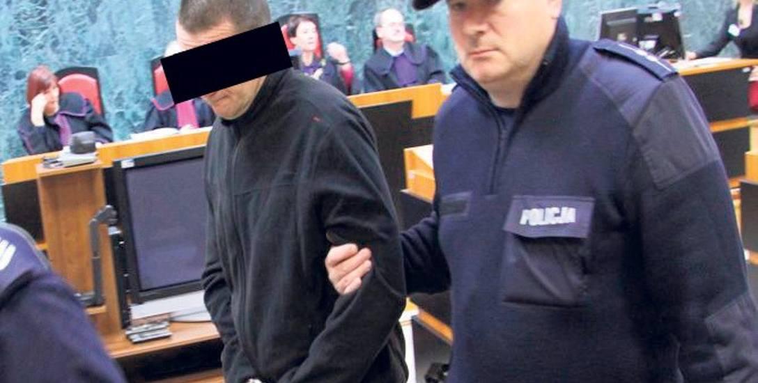 Przed Sądem Okręgowym w Tarnobrzegu Mariusz  K. usłyszał: 25 lat więzienia. Sąd Apelacyjny ten wyrok utrzymał