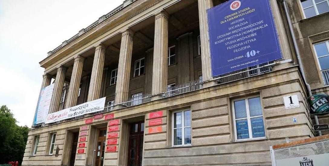 Wydział Historyczno-Socjologiczny UwB mieści się w dawnym Domu Partii