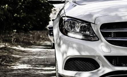 Ubezpieczenie AC dla zabytkowego auta w Polsce i Anglii