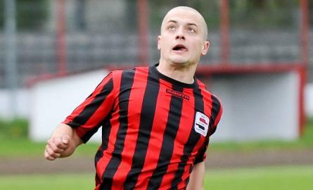 Obrońca Startu Łukasz Pabiniak został bohaterem ostatniej akcji.