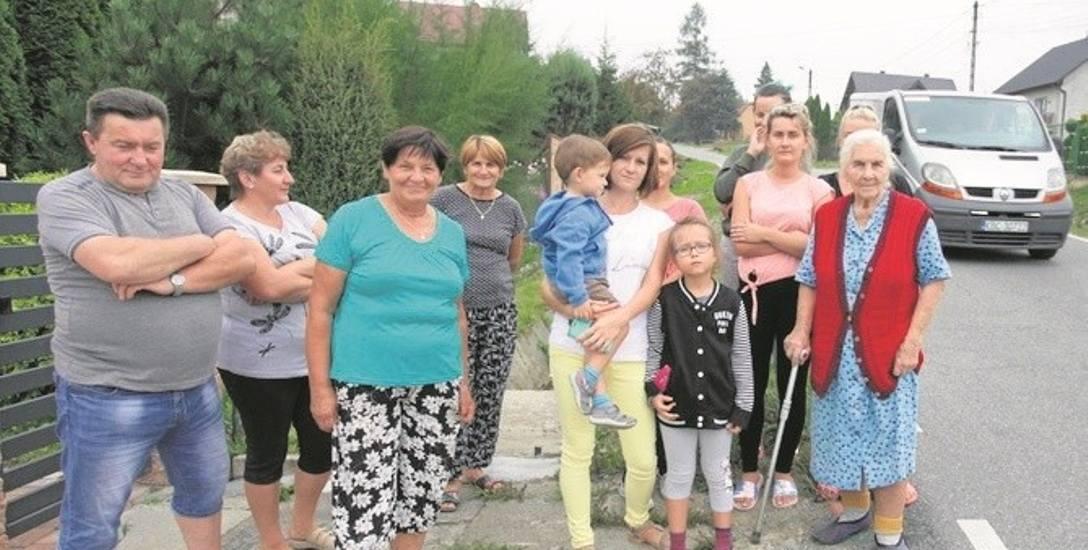 Chociaż mieszkańcy wystosowali wniosek do władz powiatu o montaż progów zwalniających, ich pomysł został odrzucony