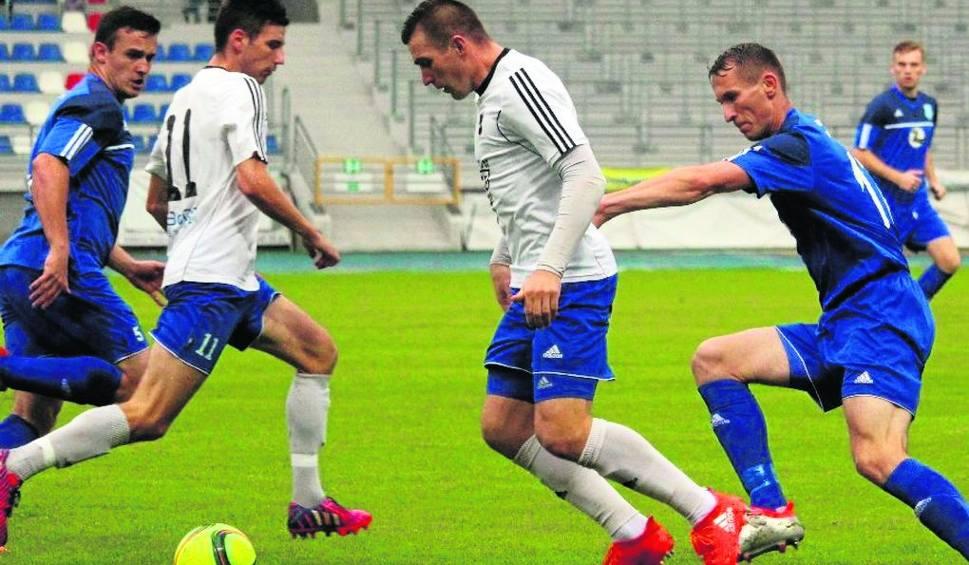 Film do artykułu: Dziś ciekawy pojedynek w czwartej lidze. Drogowiec Jedlińsk podejmuje Broń Radom