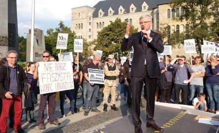 Prezydent Jaśkowiak pojawiał się na demonstracjach, podczas których poznaniacy wyrażali solidarność z uchodźcami