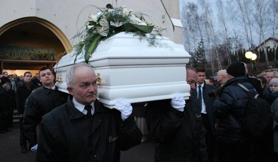 Film do artykułu: Pogrzeb Heleny Kmieć. Została pochowana w Libiążu