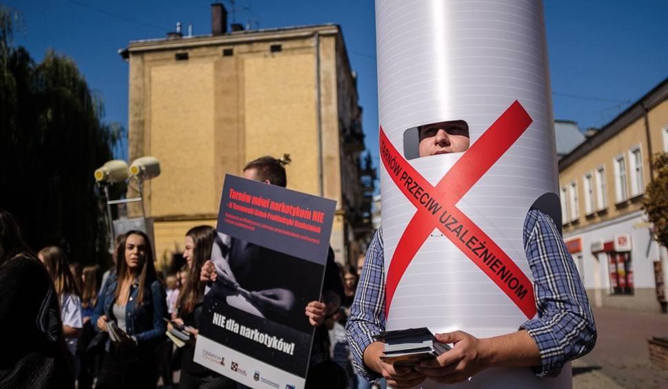 Film do artykułu: Tarnowska młodzież mówi stop narkotykom [ZDJĘCIA]
