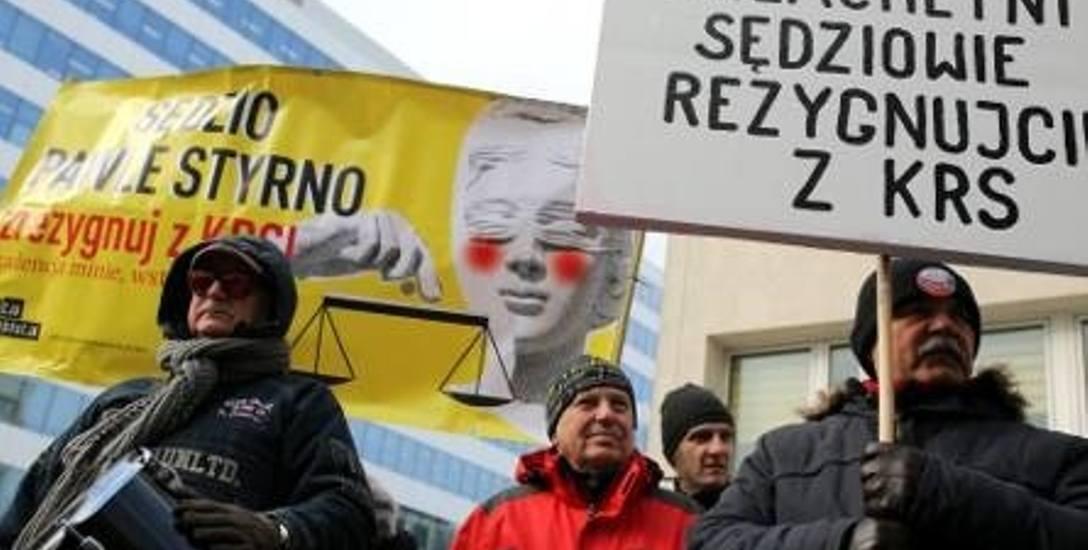 Prokuratura przesłuchała krakowskich sędziów, którzy protestują przeciw upolitycznieniu sądu