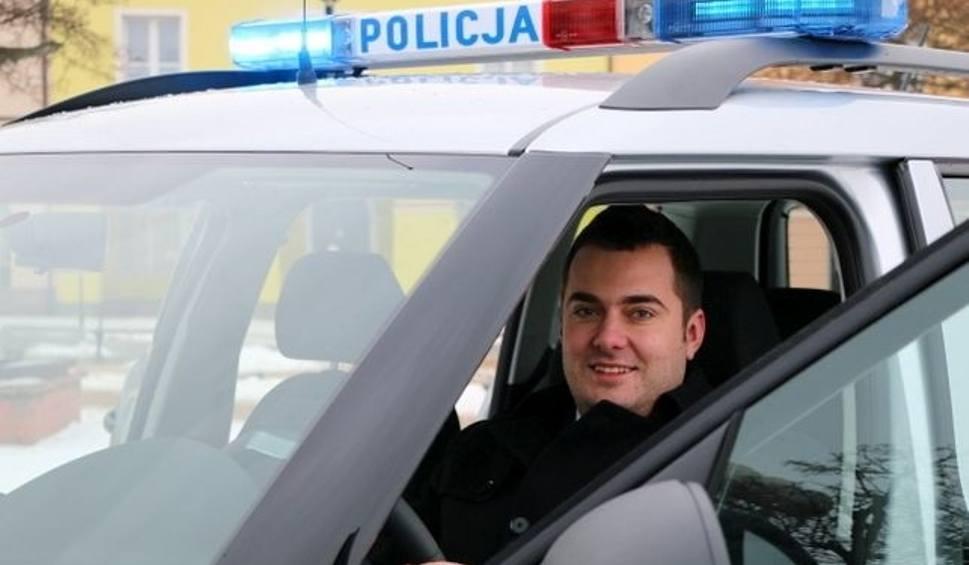 Film do artykułu: Policjanci z Łomży mają nowy radiowóz (zdjęcia)