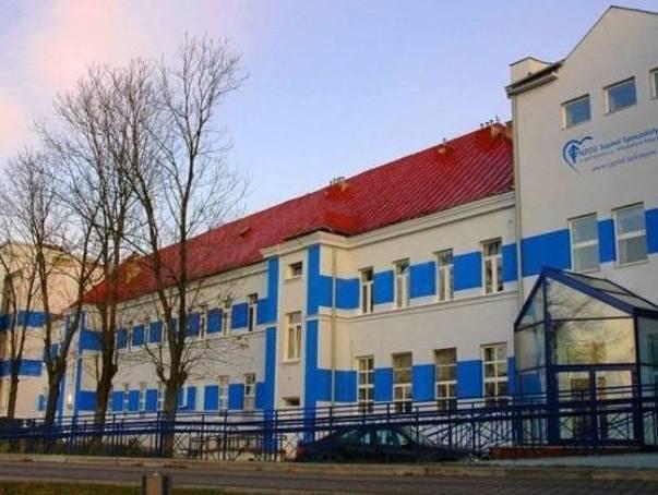 """Śmierć dziecka w szpitalu w Jędrzejowie. Rodzice: """"dziecko zmarło w niewyjaśnionych okolicznościach"""". Sprawą zajmuje się prokuratura"""