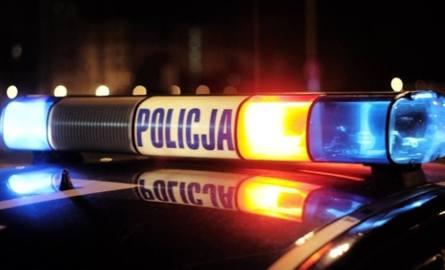 Wypadek w Lubieni. Zderzyły się kursowy bus i osobówka, są ranni