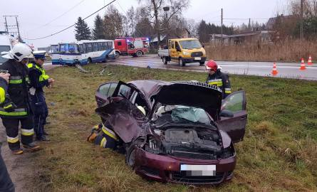 Do zdarzenia doszło dzisiaj, w miejscowości Tołcze, w powiecie białostockim. Zgłoszenie o wypadku wpłynęło do CPR o godz. 13.18.