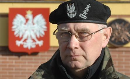 Pułkownik Mieczysław Pawlisiak, dowódca 1 Brygady Logistycznej