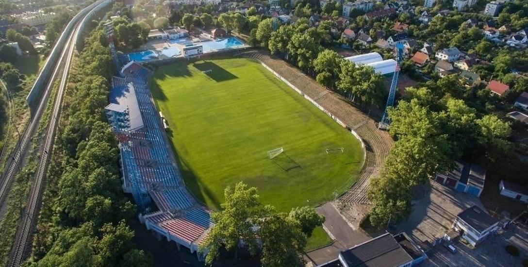 Jeszcze nie zapadła ostateczna decyzja o lokalizacji nowego obiektu. Ale szansa na przebudowę stadionu przy Oleskiej jest minimalna.