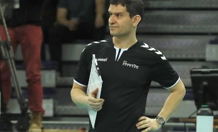 10 meczów pod wodzą Lorenzo Micellego wygrał Developres. 9 z nich w lidze i jeden w Pucharze Polski.