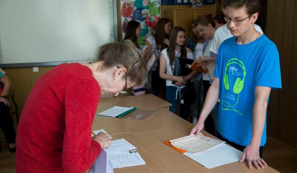 Film do artykułu: Rekrutacja do szkół ponadpodstawowych. W Bydgoszczy w klasach I naukę rozpocznie 3,5 tys. uczniów