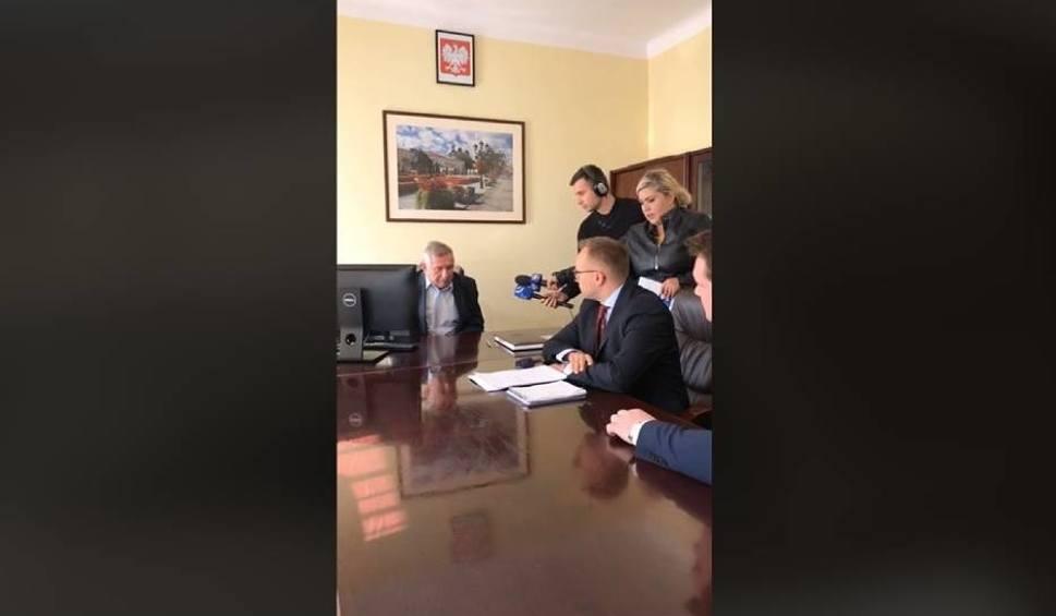 Film do artykułu: Kampania w Chełmie coraz ostrzejsza. Soboń i Tarczyński zażądali od prezesa MPGK protokołów i rejestru umów