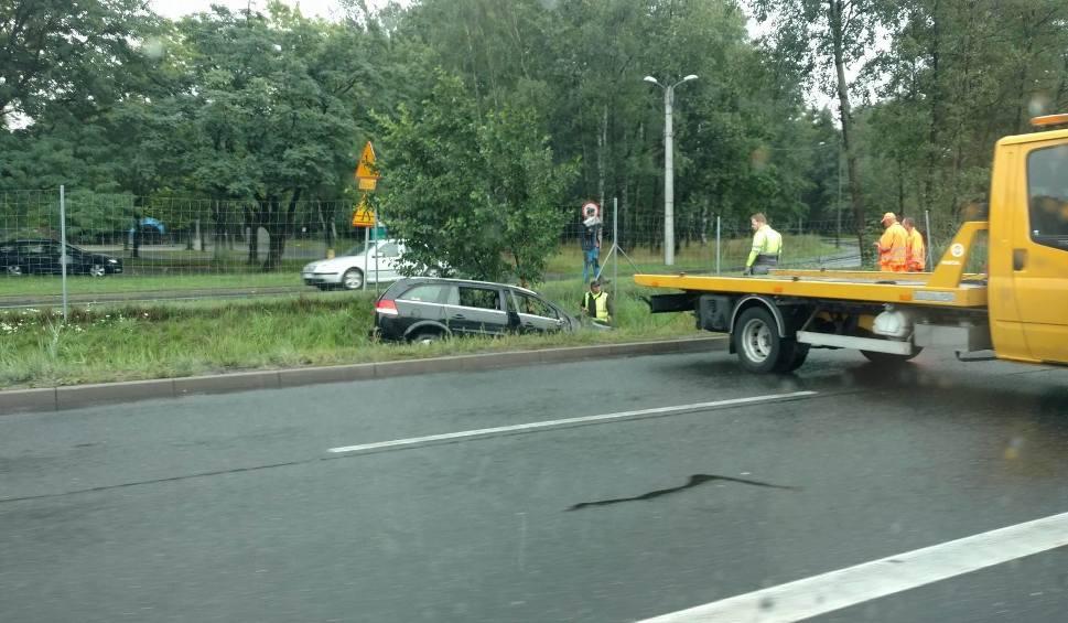 Film do artykułu: Seria wypadków drogowych w Katowicach: kolizja za tunelem i na Węźle Murckowska ZDJĘCIA