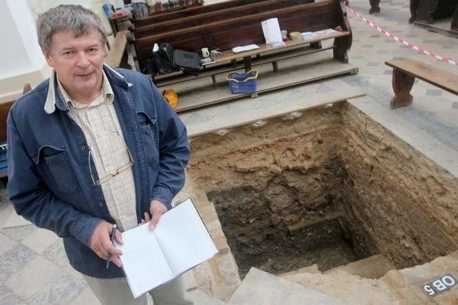 O chełmskich wykopaliskach jest już głośno w Europie. Przyjeżdżają grupy archeologów z Włoch, Grecji i Francji. Mało jest bowiem na pograniczu dwóch