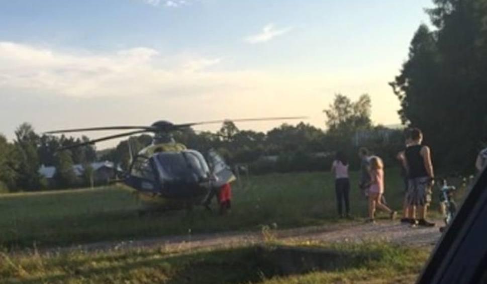 """Film do artykułu: Groźny wypadek na """"74"""" w Ćmińsku. Cztery osoby w szpitalu"""