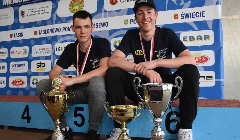 Film do artykułu: Bartosz Rudyk (Stal) pierwszy na mecie 4. etapu międzynarodowego wyścigu w Grudziądzu