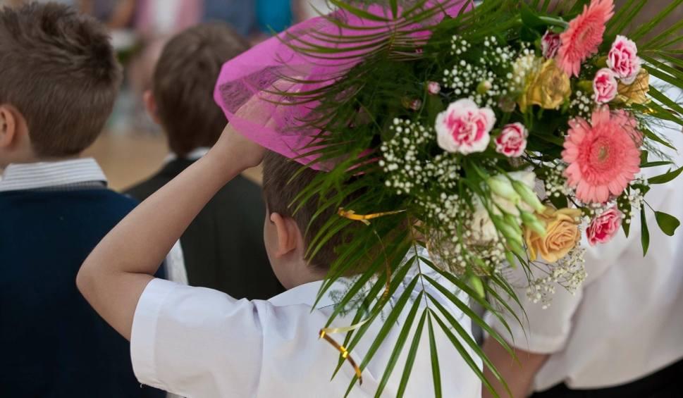 Film do artykułu: Koniec roku szkolnego 2019. Od kiedy wakacje? MEN podaje datę zakończenia roku szkolnego i rozdania świadectw 19.06.2019
