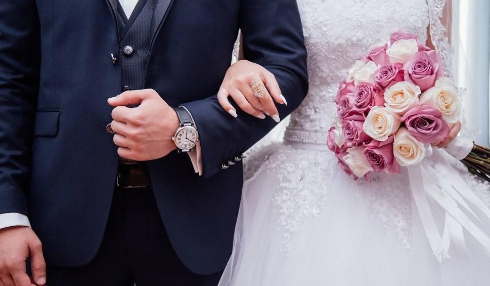 Film do artykułu: Ks. dr Jerzy Dzierżanowski: Skoro mniej wierzymy, mniej też zawieramy małżeństw w Kościele