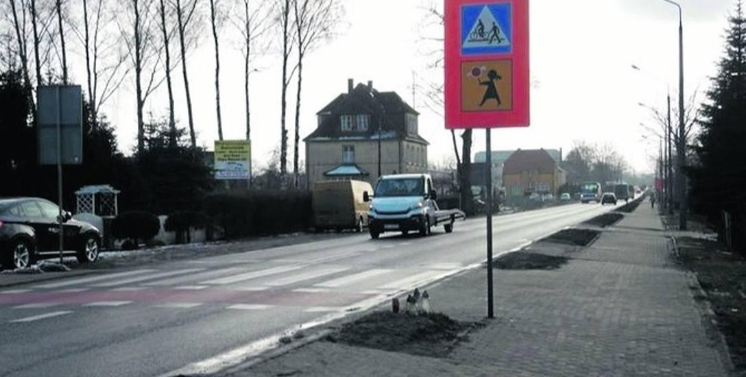 To tutaj wydarzył się dramat. Wieczorem 10 lutego samochód jadący ulicą Koszalińską śmiertelnie potrącił dwoje ludzi