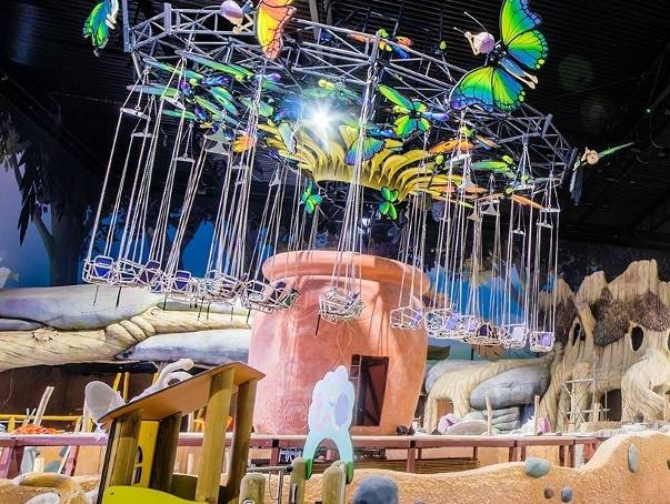Wciąż trwa budowa jednego z większych parków rozrywki w Polsce. W województwie lubuskim budowany jest Majaland. Kiedy otwarcie?  Zobacz również: Park